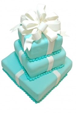 Tiers Wedding Cake With Robin Blue Ribbon