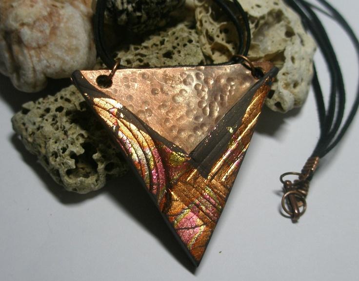 náhrdelník z polymerové hmoty Fimo + měděný plech