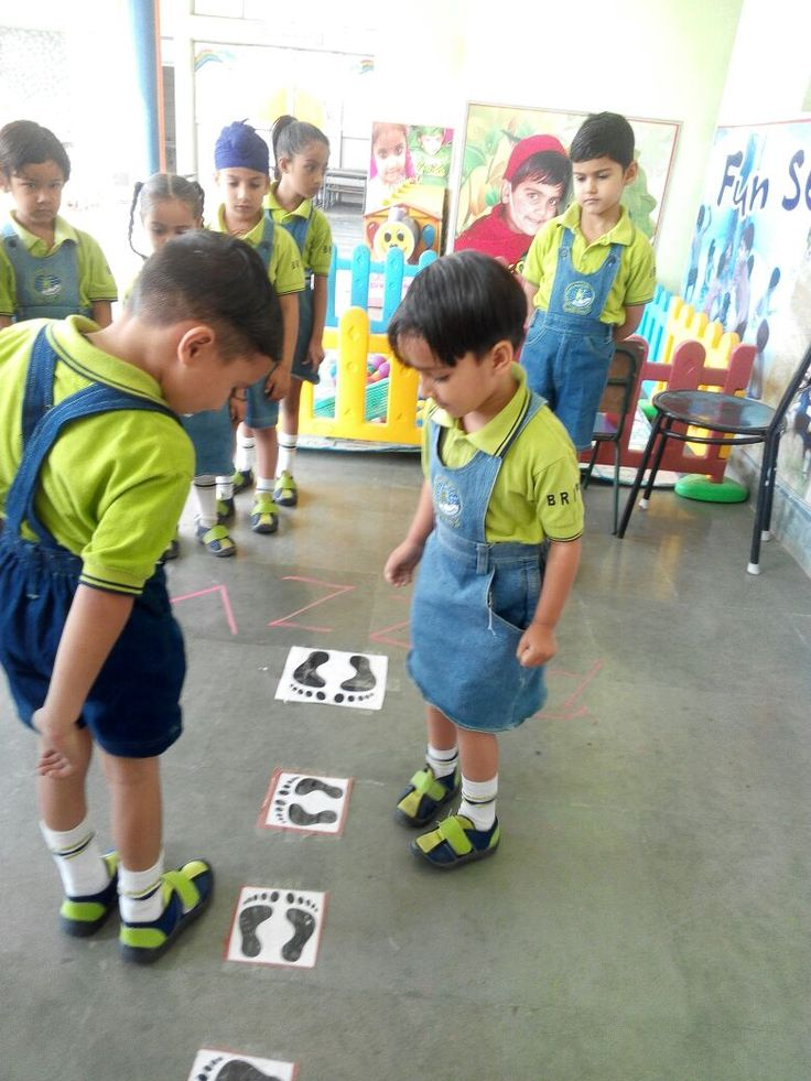 Learning by Doing!  The Little Champs learning how to focus & achieve the target through a fun-filled activity.  #BRInternationalPublicSchool #CBSE #Kurukshetra #School #Education #Learning #Activity