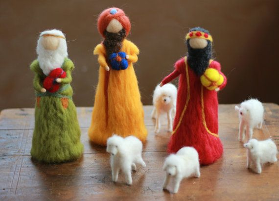 Needle felted Nativity, 9 pieces - Holy Family, Jesus, Mary, Joseph, Shepherd, Sheep, Wise Men | CloudBerryCrafts