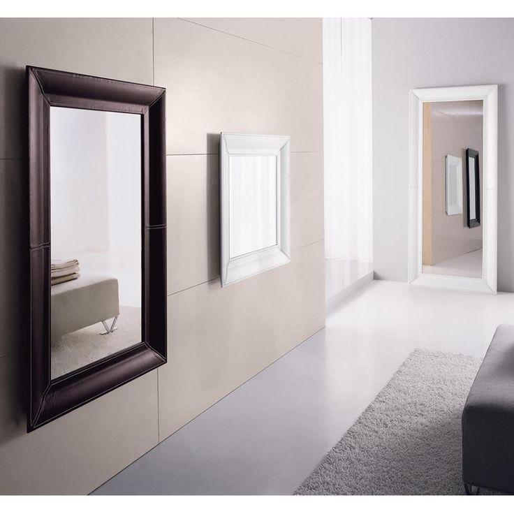 Modern dizájnú, bőr kárpitozással ellátott, négyzet és téglalap alakú tükrök - ha nem mindegy, milyen az a tükör, amibe belenézel.