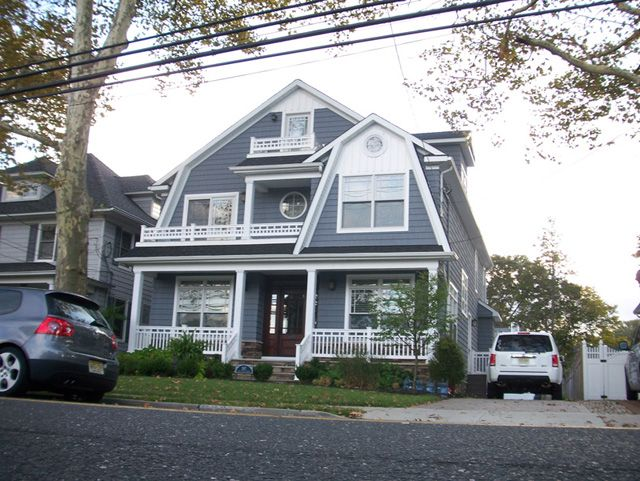 1000 images about 267 east main street on pinterest for Gambrel gable