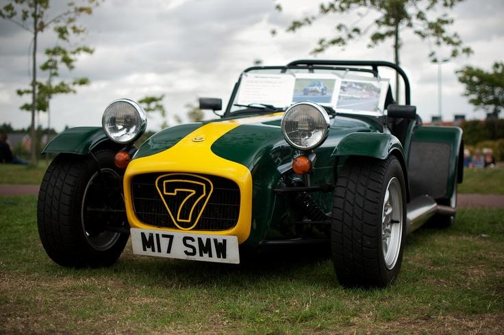 Caterham/Lotus 7 in Prisoner livery (British Racing Green