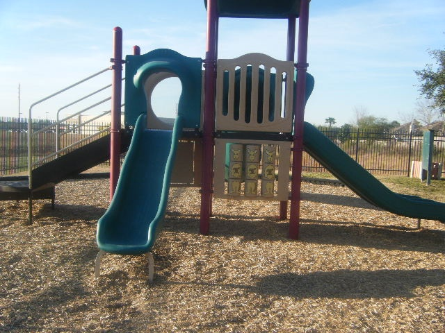 You get to school and find that your 3 friends are all absent today. You are worried about who you will play with on the playground now that your friends are gone. - photos for social problem solving -  Pinned by @PediaStaff – Please Visit http://ht.ly/63sNt for all our pediatric therapy pins