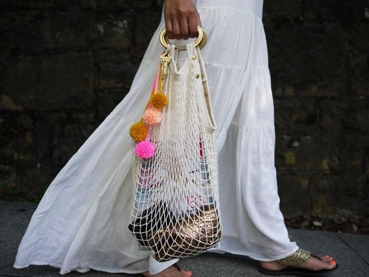 Turn a cotton grocery bag into the perfect summer carry-all