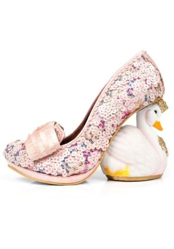 Love In Multi Heart Irregular Choice Womens White The Air Is Pink q1Zgnf