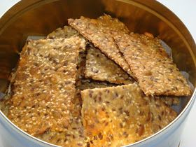 Mrs Cakeaholic: Knækbrød - Et sundt hjemmebagt mellemmåltid
