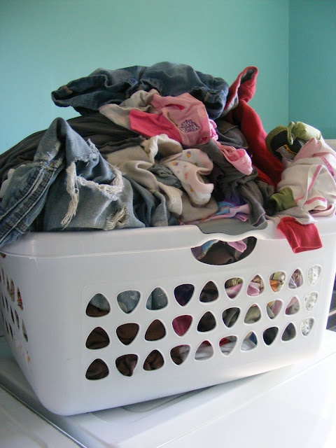 One Basket Rule for Laundry: Idea, Guide To, Dirty Clothing, Baskets Rules I, Imperfect Homemaking, Laundry Baskets, The One, Baskets Denial, Complete Guide