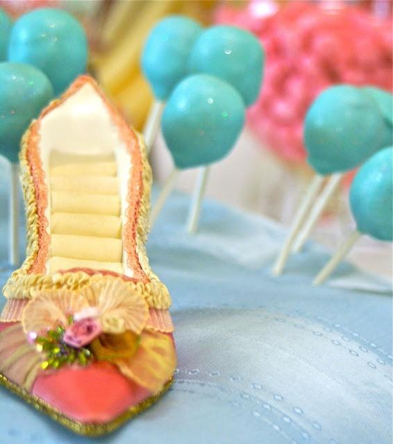 disney princess party: Cake Design, Birthday Disney, Disney Princesses Parties, Cake Pop, Blue Cake, Disney Princesses Cake, Disney Princesses Birthday, Parties Ideas, Disney Princess Party
