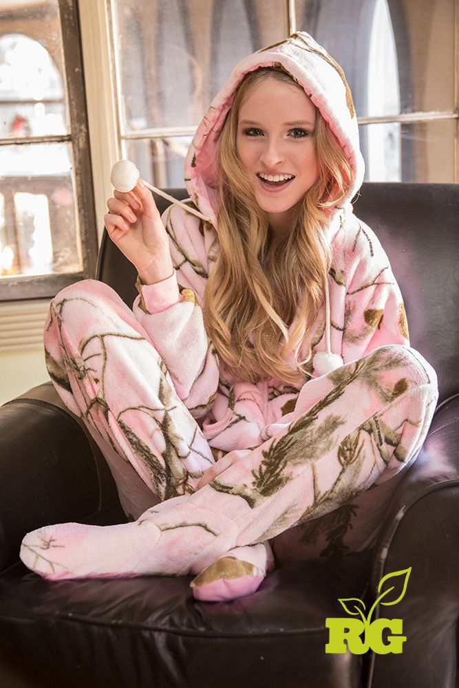 Realtree Girl Pink Camo Onezip Sleepwear-2014 Fall Line just arrived! Check your local stores.  #Realtreegirl
