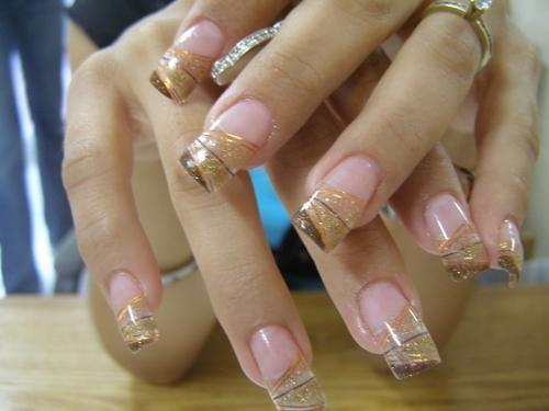 uñas de acrilico doradas - Buscar con Google