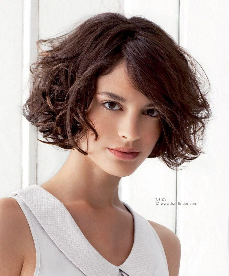 vert short curly bob   Cute very short hairstyles with cute bangs for curly hair