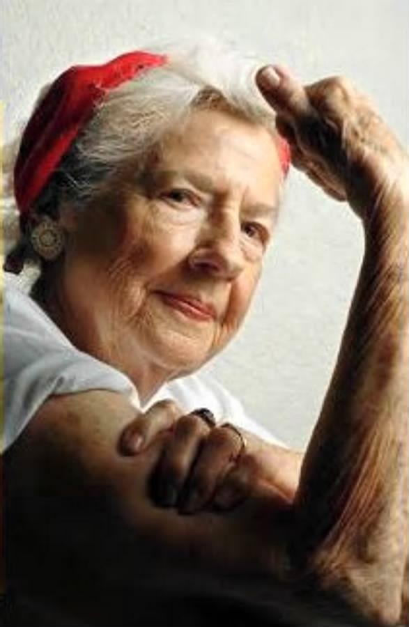 Geraldine Doyle, l'ouvrière qui prêta son visage pour illustrer une célèbre affiche (« We can do it ») pour l'effort de guerre américain durant la seconde guerre mondiale. L'affiche n'est devenue célèbre que dans les années 1980, lorsque le mouvement féministe se l'appropria. Elle devenait ainsi une icône du mouvement féministe aux Etats-Unis.