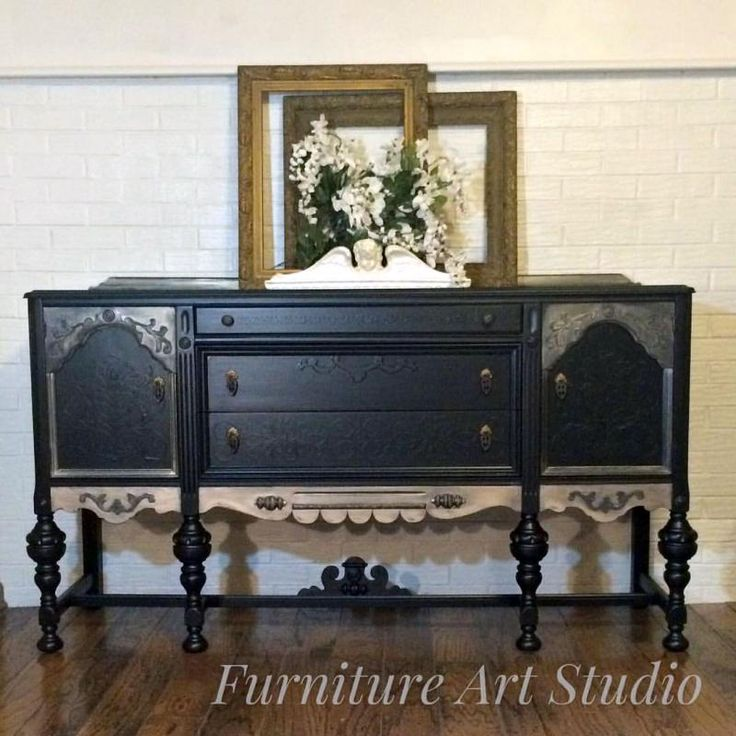 This gorgeous buffet was restyled by Furniture Art Studio in GF Lamp Black Milk Paint. We are absolutely loving all of the amazing details.