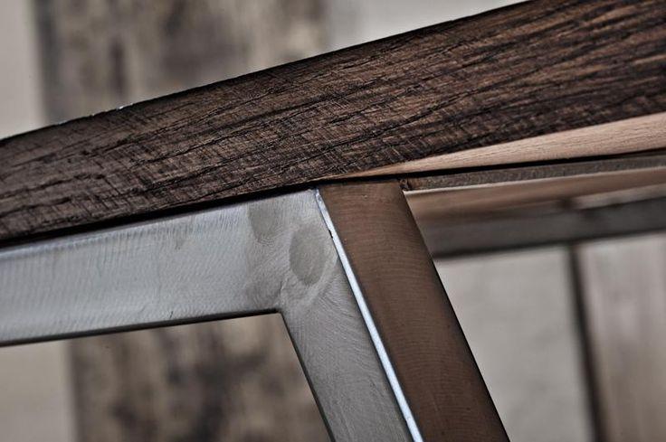 table manger ch ne massif et inox boulogne mon chalet design i wood and steel i. Black Bedroom Furniture Sets. Home Design Ideas