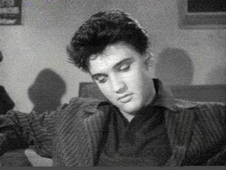 Elvis,Click on to see him blink - elvis-presley Photo