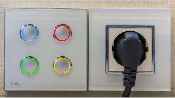 Пользовательский интерфейс европейского стандарта от HDL. Автоматизация стандартного гостиничного номера в проекте Smartrooms. Функция диммирования, Вкл/выкл розеток и освещения. Управление со смартфона шторами/рольставнями, Контроль сценариев Комбинирование диммирования. #интерфейс #европейский #HDL #KNX #Buspro #wireless #умныйдом #smarthome #smarthotel #гостиница #гостиничныйномер #диммирование #дизайнинтерьера #smartrooms #автоматизация #умнаякомната #умнаягостиница #отель