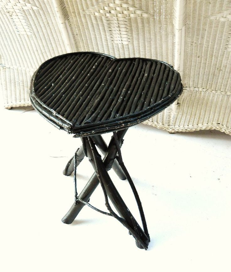 Vintage Cottage Chic Farmhouse Antique Willow Twig Adirondack Arts And  Crafts Folk Art Heart Shaped Lamp Table Stand