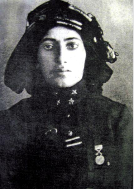 Kurtuluş Savaşımızın ünlü kadın kahramanlarında   Kara Fatma'dır..