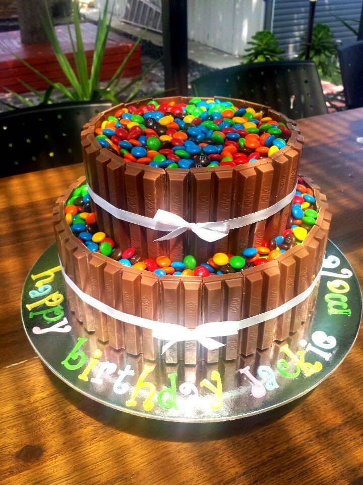 Double Layer Choc Mud Kitkat And M Amp M Cake My Cakes 2013