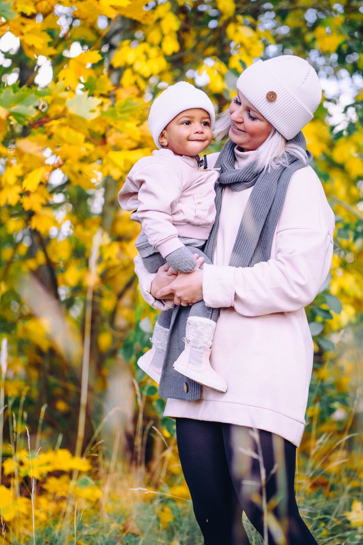 Mommy and Me blush white fall outfit for outdoors. Wool beanie for girls and Women.