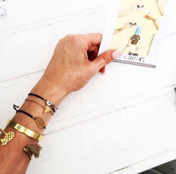 #armparty #mixnmatch #summerdetails #golddetails #summerstyle #handmadeaccessories #jewels #charms #chic #fashionable #styleoftheday #styleinspiration #bangles #bracelets #cutebracelets #loveyourself #mylifelikesgr