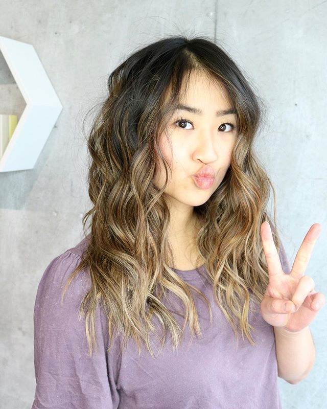 Peace out week hello weekend!! Whos ready for new hair? Crystal is. Swipe  to see her before!Colour  @glossy_hues  @sonia_hairstory