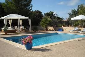 The occasion manors in Pineda de Mar are extensive and breezy, pretty much as whatever other Spanish occasion manor offer.