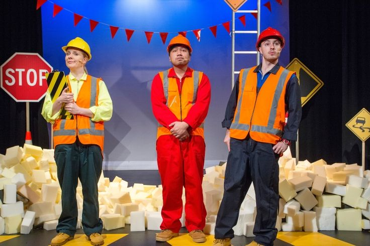 The Little Yellow Digger, Tim Bray Productions, Pumphouse Theatre, Takapuna, Auckland, New Zealand, 2014.
