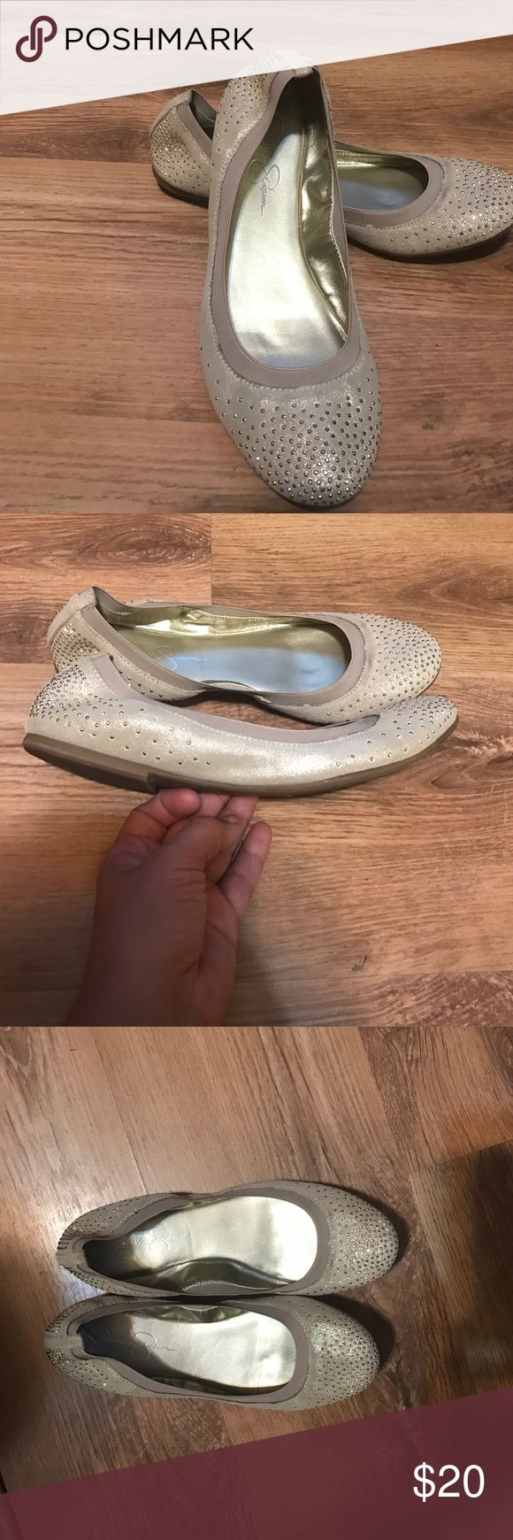 Jessica Simpson Flats Like new only worn a couple times Jessica Simpson Shoes Flats & Loafers