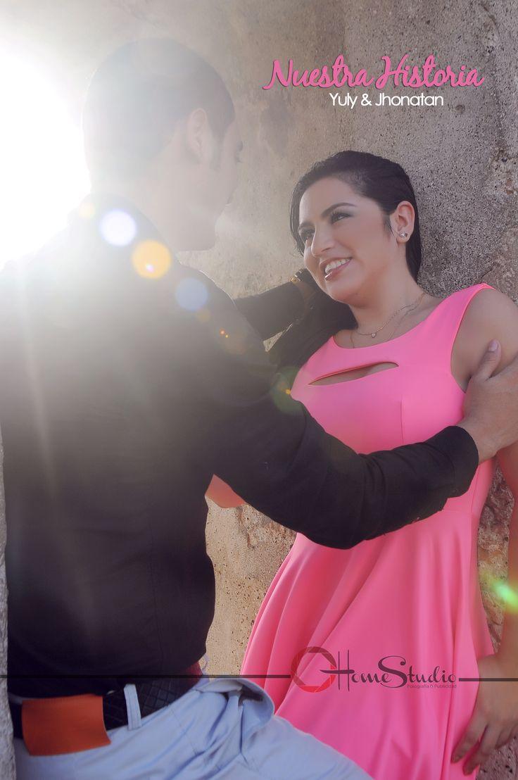 """The memories / Photography & vídeo. Fotografía de Pre - Boda. """"Evidenciando tu historia de amor """"  Síguenos en nuestro tablero de Pinterest: http://www.pinterest.com/homestudio/fotografía-pre-boda-post-boda/"""