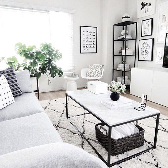 Love this livingroom #woonkamer #livingroom #wit