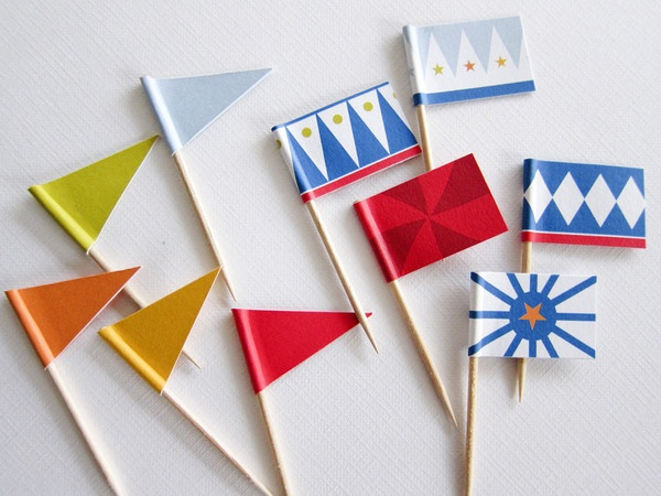 Circus Party Kit ~ Cupcake Flags