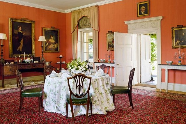 Red dining room colour scheme red dining rooms english for English country style house