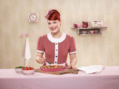 Urlaub zu Ende? Macht nichts! Enie backt italienische Urlaubsstimmung in die Tomaten-Tarte mit Salsa verde. #EnievandeMeiklokjes http://paulineshouse.com/enie-backt-tomaten-tarte/#more-5643 © Kaiser Backform