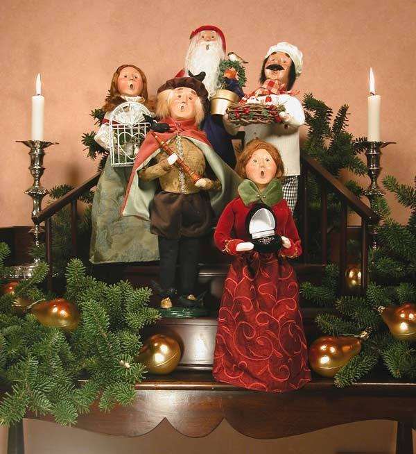 Victorian Christmas Carolers Decorations: 62 Best Decorating With Byers' Choice Carolers! Images On