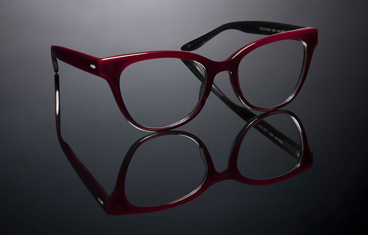 What Eyeglass Frames Are In Style Now : What style of glasses are