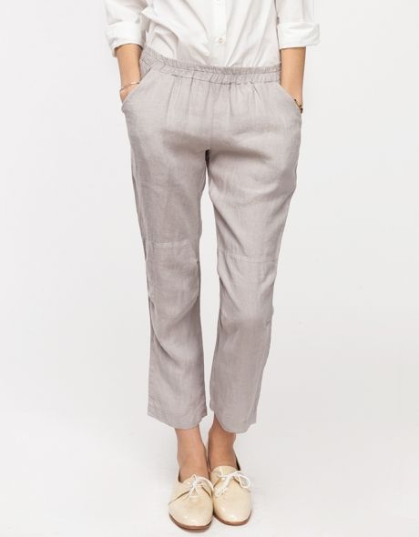 Loving the elegant simplicity of these pants from Need Supply Co. Nice for a jaunt on the beach!
