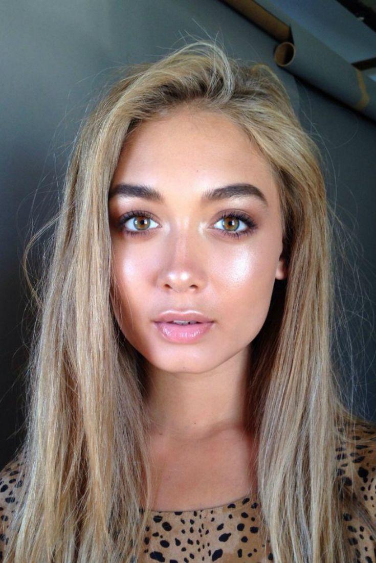 Strobing es la ultima tendencia en maquillaje para reemplazar al contouring. Lean de que se trata en el blog:  http://kikiyoshikay.com/la-ultima-tendencia-strobing-como-realizarla/