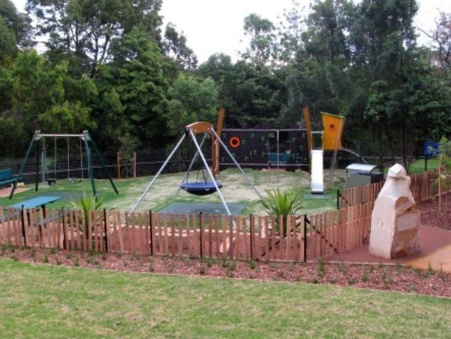 Otto Losco Park, Allambie Ave Northmead.
