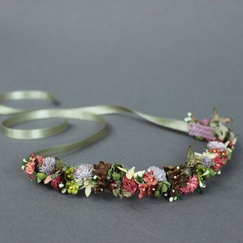 Blumenkranz mit Vintage Blumen in Dunkelrot, Flieder und Grün