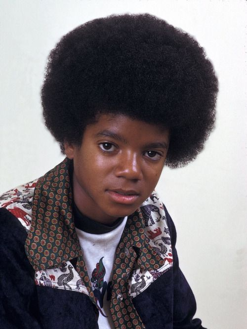 nice little picture of the very young michael jackson a short biography of michael you can
