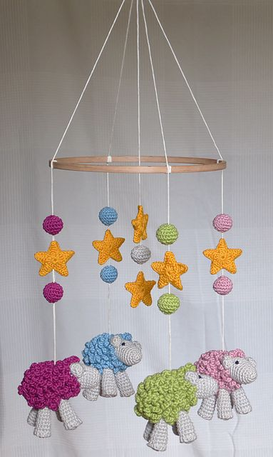 Crochet Patterns For Baby Mittens : 1000+ ideas about Crochet Baby Mobiles on Pinterest ...