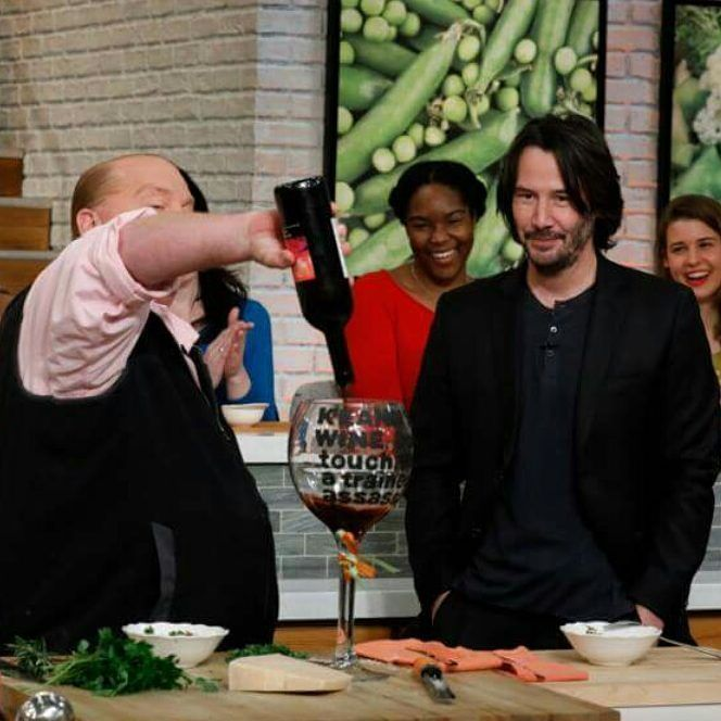 "193 Likes, 7 Comments - cuki (@cukieana) on Instagram: ""#KeanuReeves #keanu Keanu Reeves is the guest, Monday, February 6, 2017 on ABC's ""The Chew."" ""The…"""
