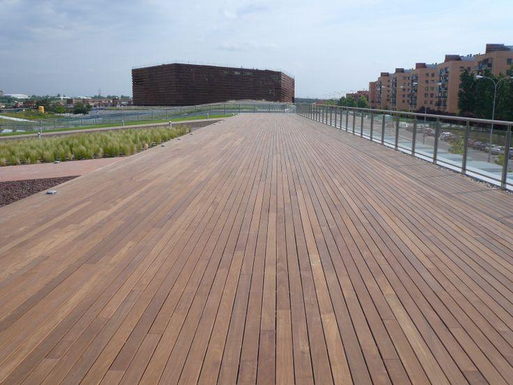 Centro cultura creaa en alcorcon madera ipe realizada por for Ipe madera exterior