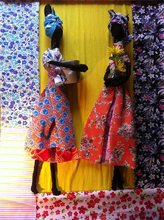 As bonecas (i)Abayomi(/i) eram confeccionadas pelas mães africanas para consolar e sossegar os filhos durante as viagens de África para o Brasil, onde seriam comercializados como escravos. (Foto: Divulgação)