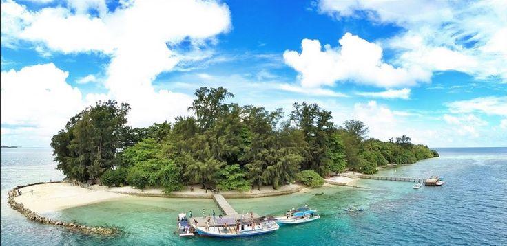 """Inilah 4 Tempat Objek Wisata Pantai """"Rahasia"""" Paling Populer di Jakarta - http://www.ngegas.com/inilah-4-tempat-objek-wisata-pantai-rahasia-paling-populer-di-jakarta/"""
