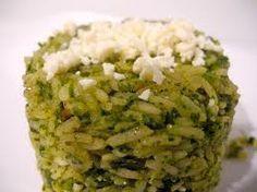 El arroz al cilantro es perfecto para acompañar platillos de pollo, pescados y mariscos. Su sabor suave será tu deleite.