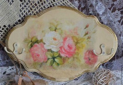 """Прихожая ручной работы. Ярмарка Мастеров - ручная работа Ключница на стену """"Акварельные розы"""" декупаж. Handmade."""
