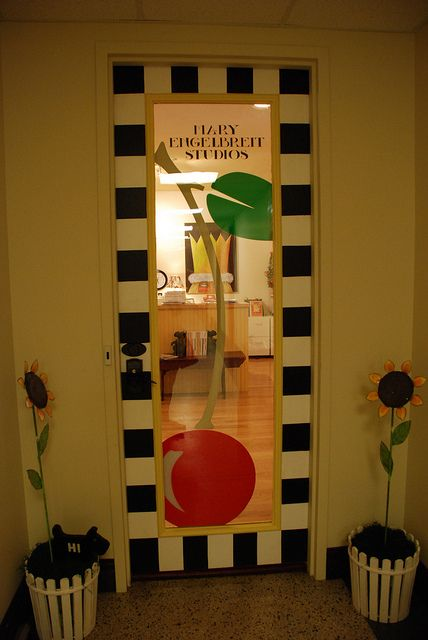 What a fabulous front door!#Mary Engelbreit